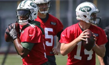 How the Jets Should Address their Quarterback Situation